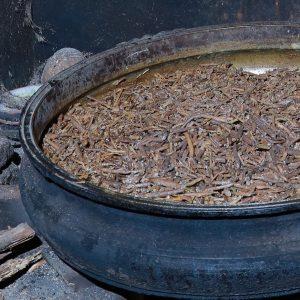 Milk reduced ashwagandha roots